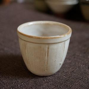 White bucket ceramic tea cup