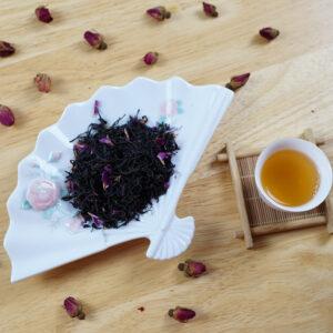 Self Indulgence Meizhan Black Tea with Rose Petals